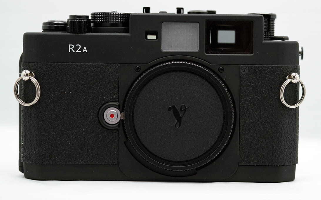 Voigtlander R2-A black, with New USA warranty